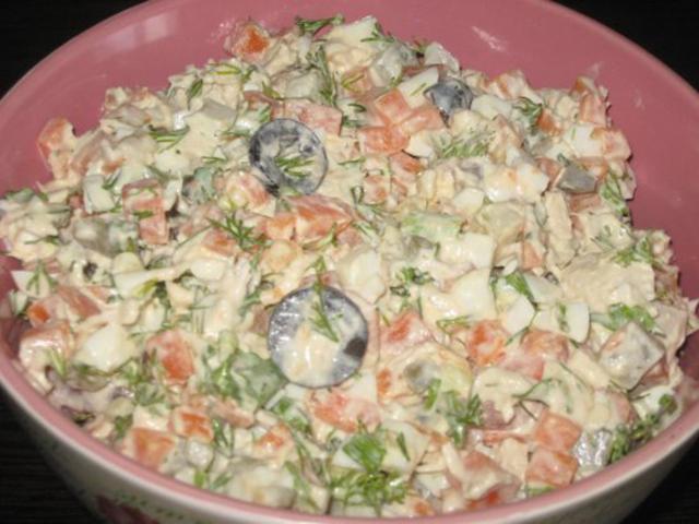 салат из курицы с ананасами рецепт с фото слоями