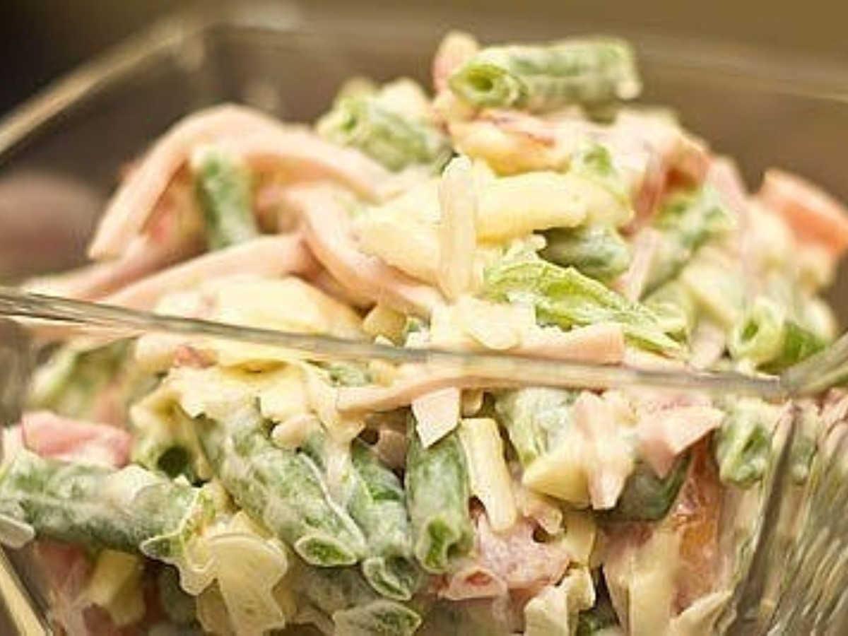 Рецепт вкусного горячего салата с