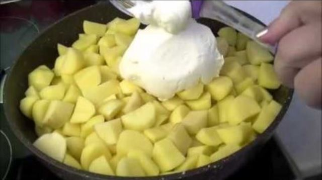 Останется добавить свежий укроп и вкуснятина готова