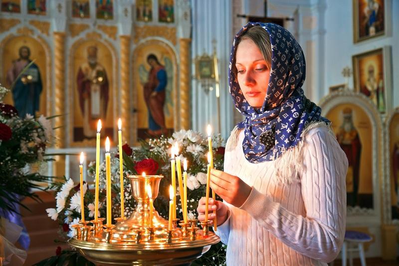 Знаешь ли ты, что нельзя поджигать свечу от рядом стоящей? Причина обескураживающая!