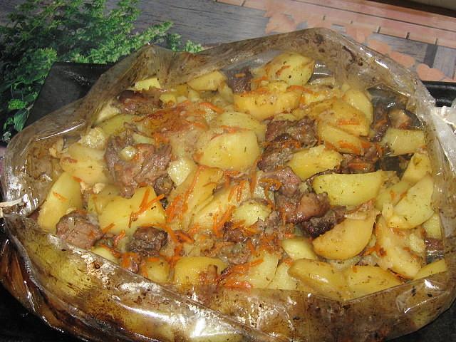 Сочное мясо с картофелем в рукаве - ОБОЖАЮ ТАКУЮ ВКУСНЯТИНУ