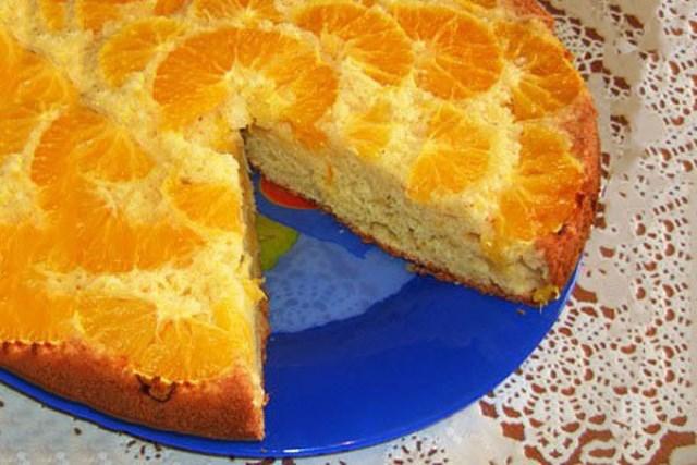 Мой муж без ума от моего фирменного апельсинового перевертыша. Просит всегда двойную порцию. Обожаю этот рецепт за простоту и быстроту.