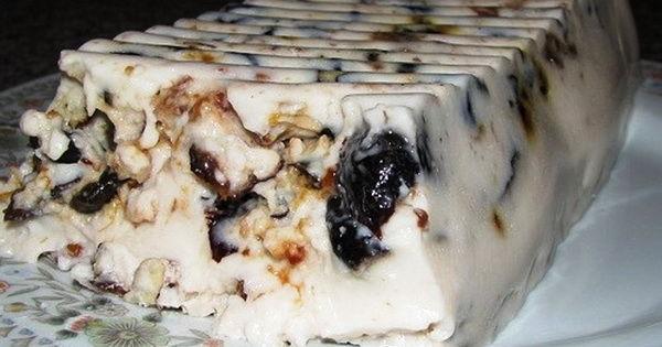 Чернослив, сметана и грецкий орех — идеальный десерт