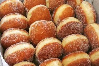 Бабушка показала мне рецепт «ПРАВИЛЬНЫХ» пончиков. Вкуснее ничего не ела