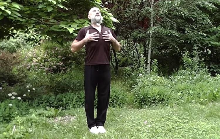 Александр Дроженников: «Это упражнение обязательно поможет тем, у кого свисает живот, опущен желудок…» 10